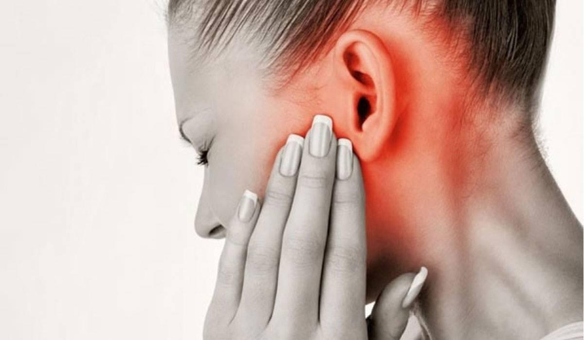 الإصابة بألم الأذن بسبب نزلات البرد تعرف على معالجتها