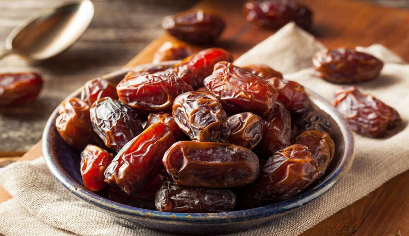 تعرف على الفوائد الصحية للتمر في رمضان